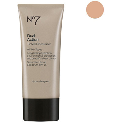 Boots No7 Dual Action Tinted Moisturizer SPF15