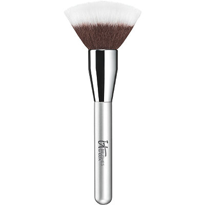 IT Brushes For ULTA Airbrush Blurring Powder Brush %23126