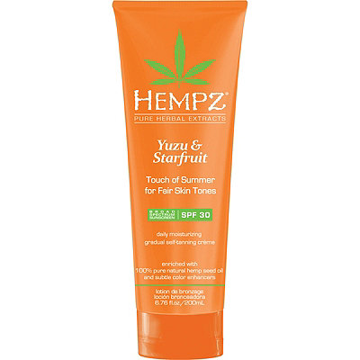 HempzYuzu & Starfruit Touch of Summer Moisturizing Gradual Self-Tanning Crème SPF 30