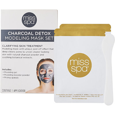 Miss SpaCharcoal Detox Modeling Mask