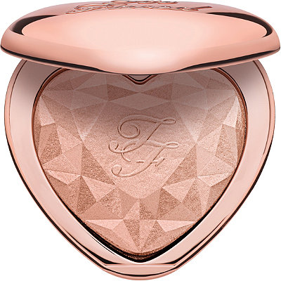 Too FacedLove Light Prismatic Highlighter