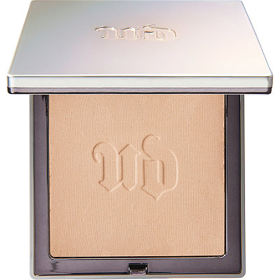 Urban Decay CosmeticsNaked Skin The Illuminizer Translucent Pressed Beauty Powder