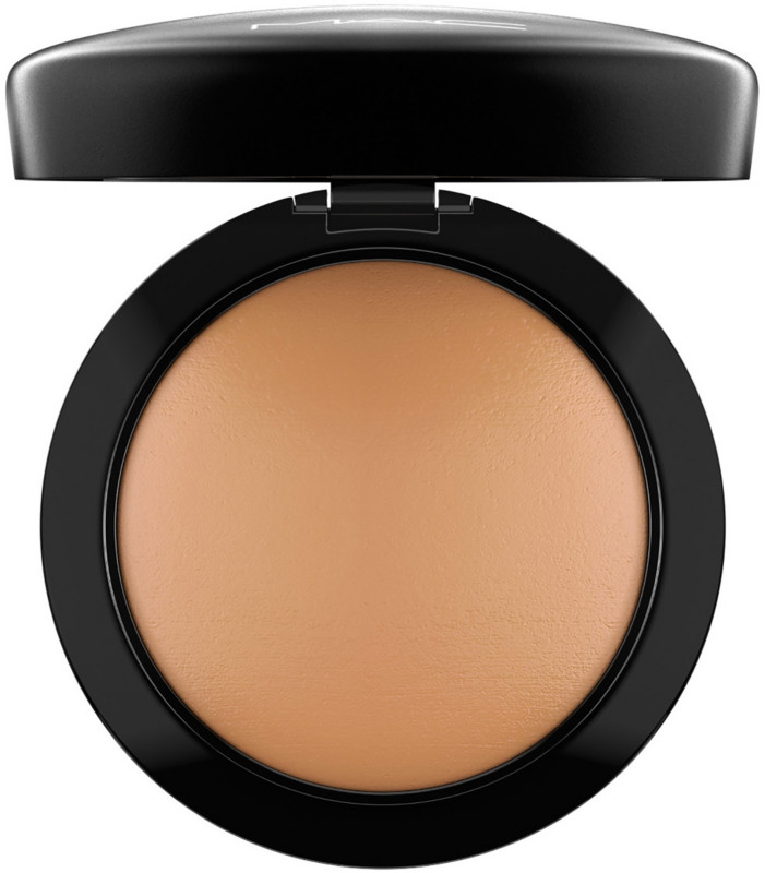 Video of MAC Mineralize Skinfinish Natural