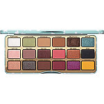 Clover A Girl%27s Best Friend Eye Shadow Palette