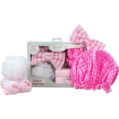 Online Only Totally Pampered Gift Set
