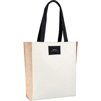 Marc Jacobs FREE Tote w%2Fany large spray Marc Jacobs Daisy fragrance purchase