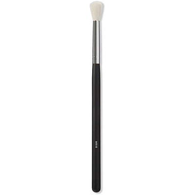 Online Only M518 Crease Fluff Brush