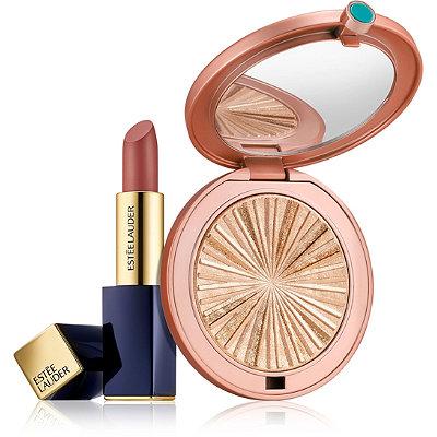 Estée LauderHeat Up the Holidays: Lipstick + Illuminator Gift Set