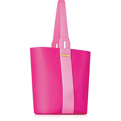 Juicy CoutureOnline Only FREE Drawstring Bag w/any large spray purchase from the Juicy Couture fragrance collection