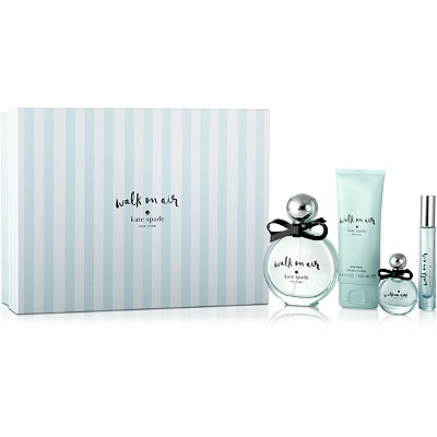 Online Only Walk On Air Gift Set
