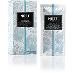NEST Fragrances Ocean Mist & Coconut Water-Activated Foaming Cleansing Towelettes