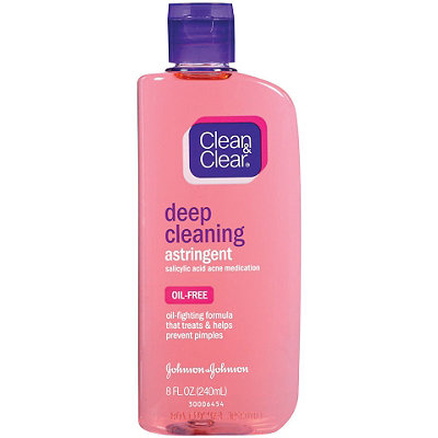 Clean & ClearDeep Cleansing Astringent Oil Free