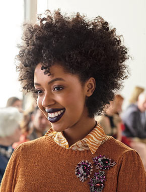 Taylor Anise keeps her curls frizz-free with the pineapple hair method and teaches us how-to create a bold lip perfect for the Fall. To get this look, shop your favorite makeup and hair care brands at Ulta Beauty.